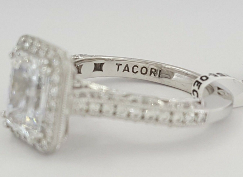 TACORI 2.60 DIAMOND RING