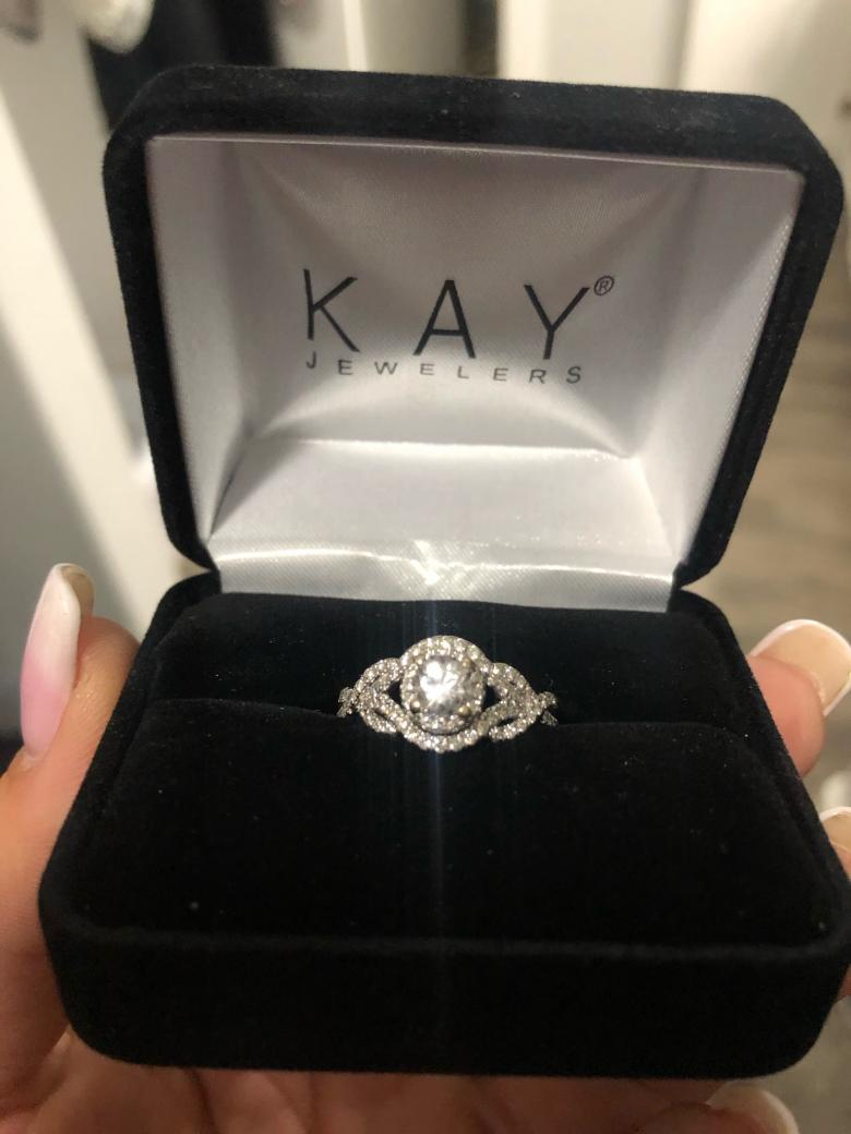 Kay Jewelers Beautiful Round Sapphire And Diamond Engagement Ring I Do Now I Don T