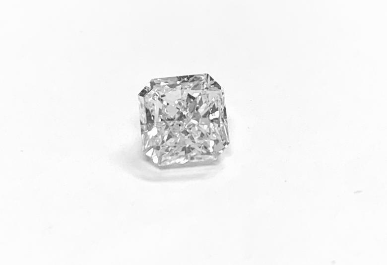 1.70 ct Solitaire Radiant