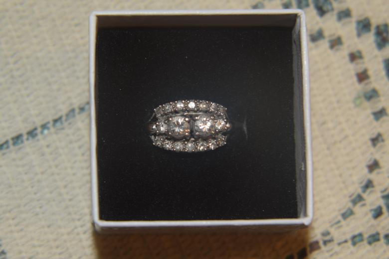 Ladies Diamond Engagement Ring,