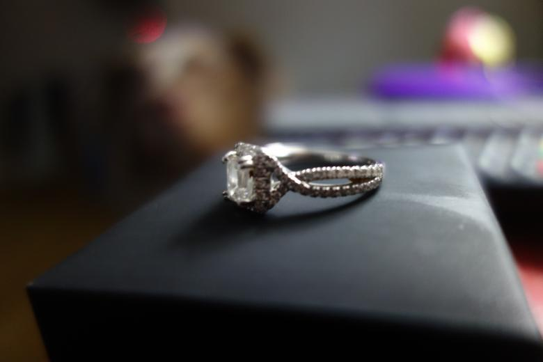 Engagement ring cast in