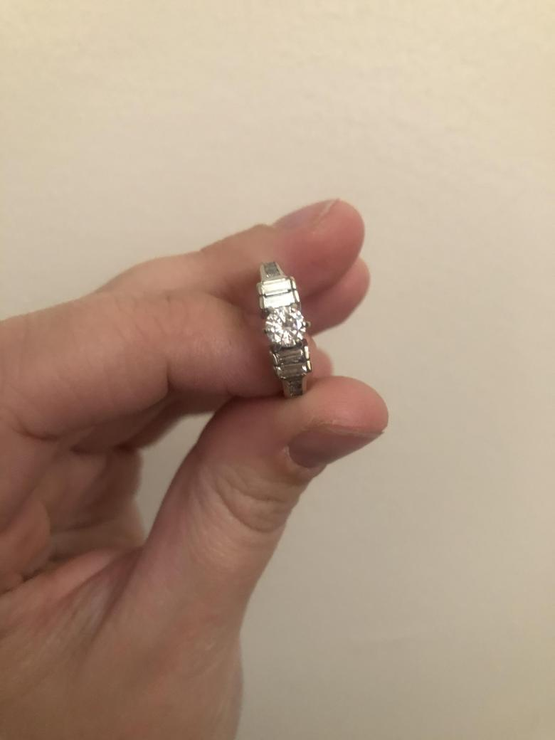 Brilliant Round Diamond Engagement