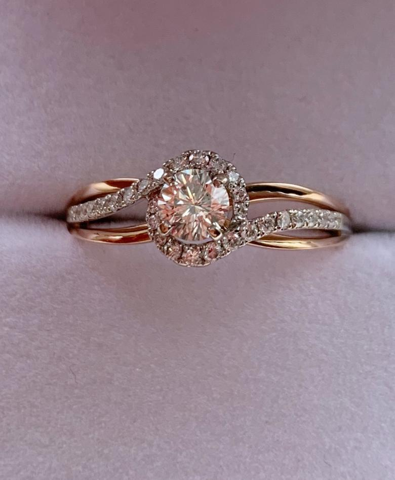 Round Diamond bypass ring