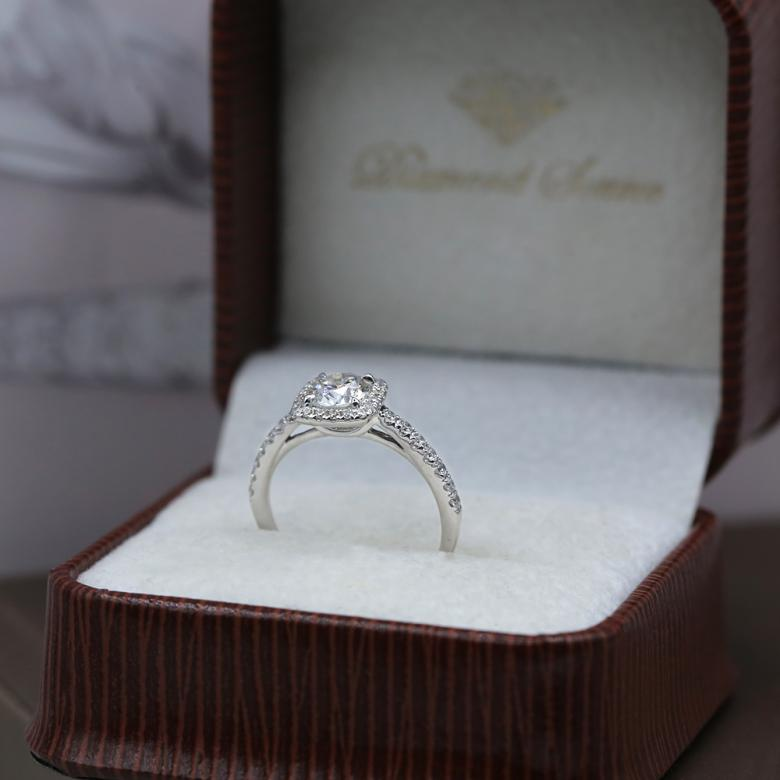 Perfect 18k White Gold