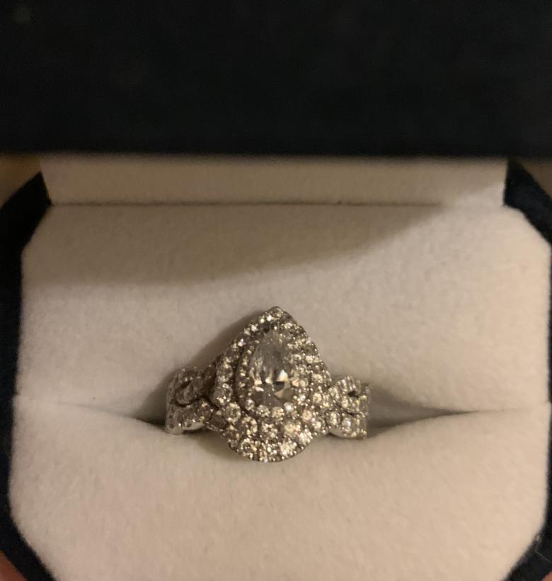 Kay Jewelers Sparkling pear