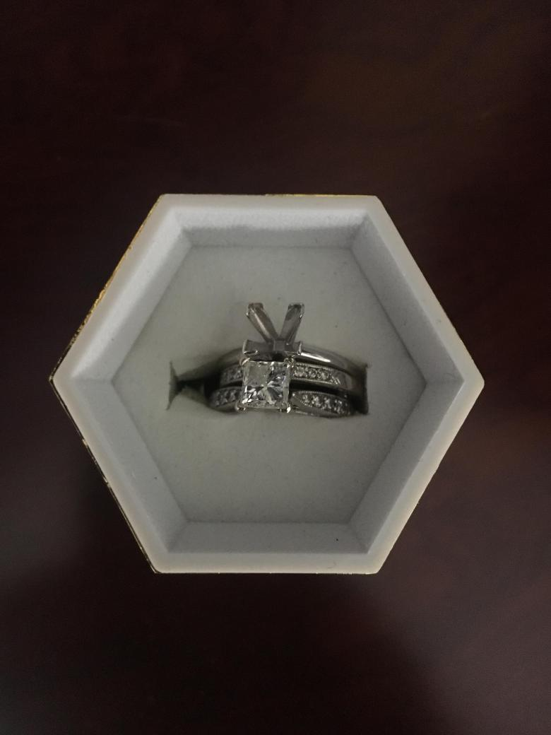 Wedding ring set and
