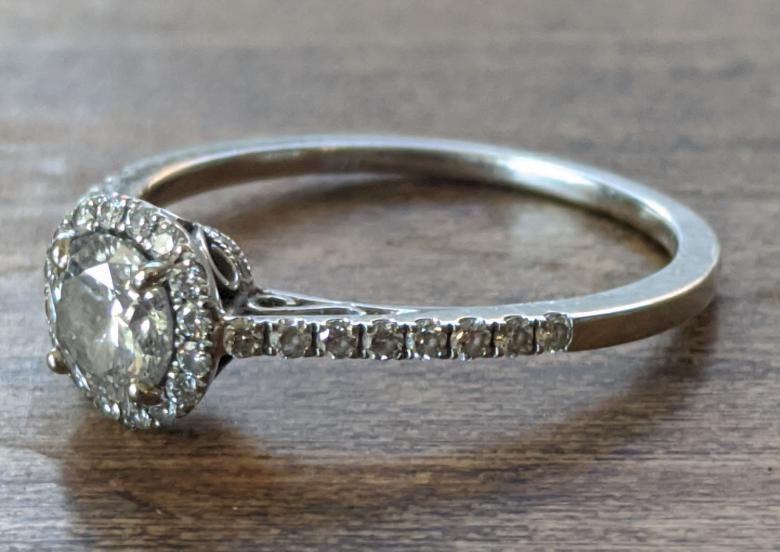 Engagement ring by Siera