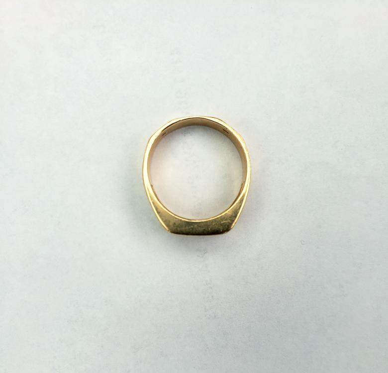 14k solitaire ring (Half