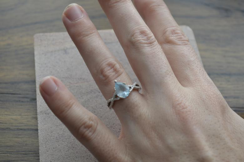 Gorgeous 9x6 pear-shaped aquamarine,