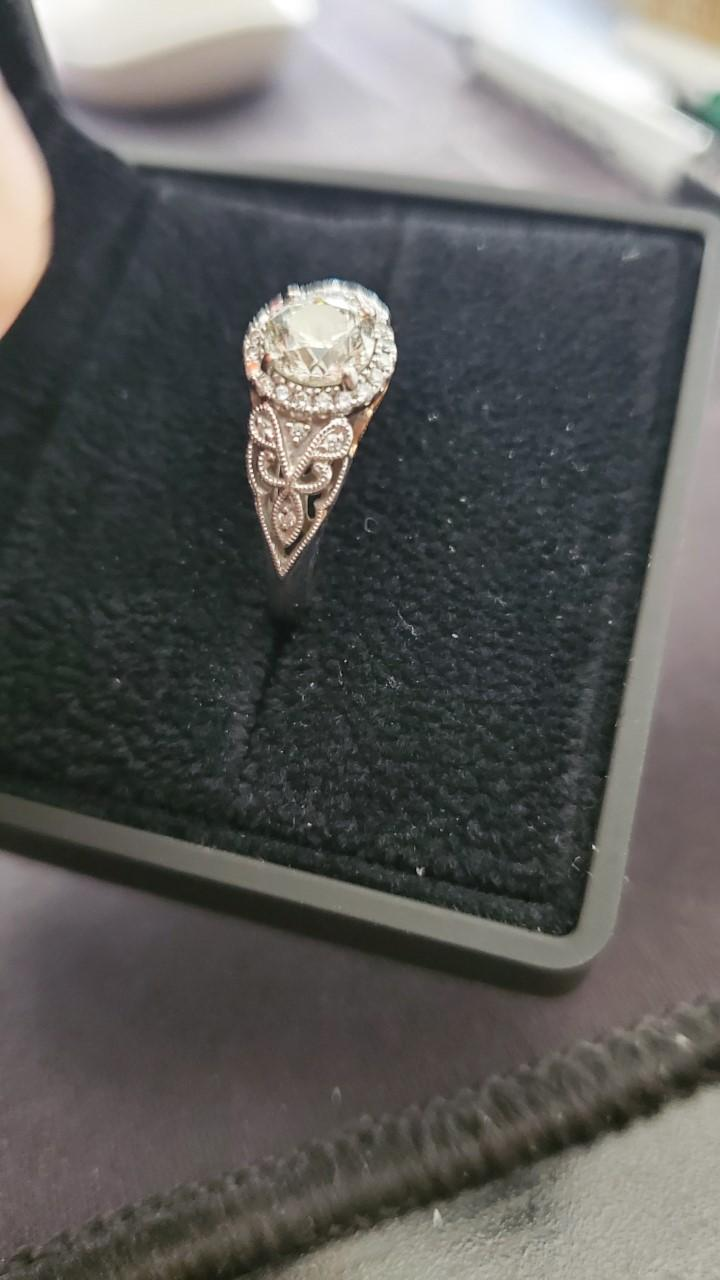 Engagement ring rose cut