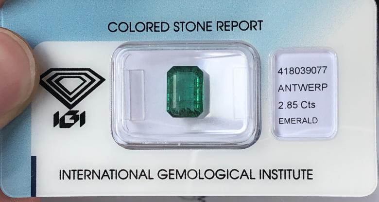 IGI certified 2.85ct Zambian