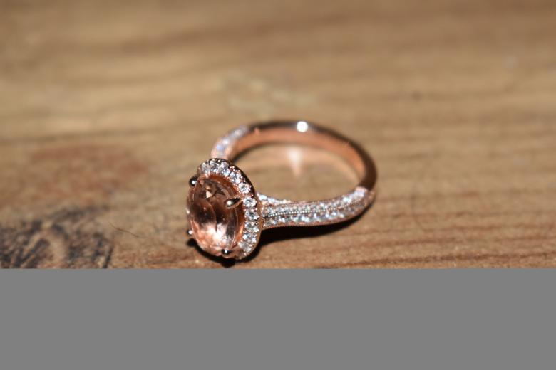 Neil Lane 3/4ct Morganite