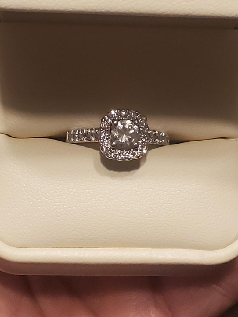 Engagment ring with appraisal