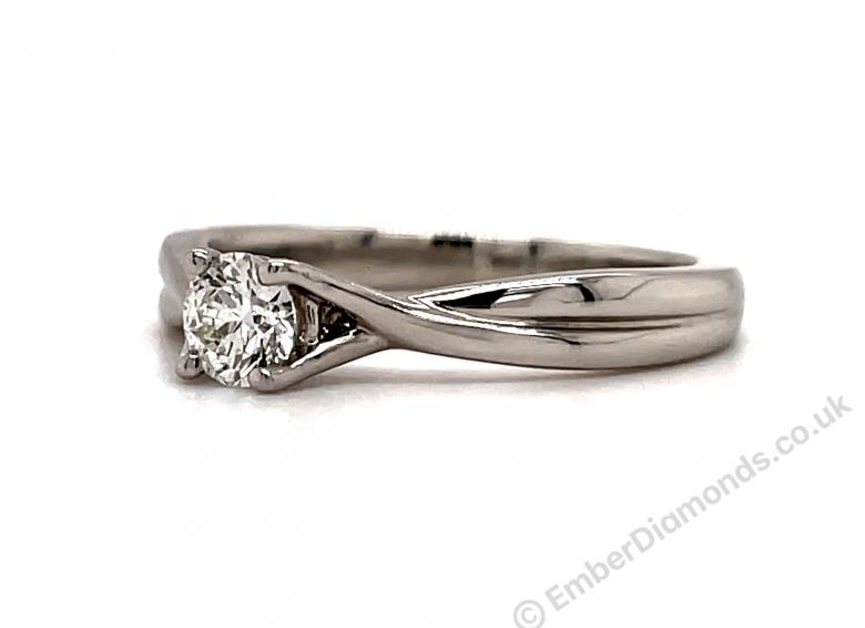 **Video** 0.25ct 'Hearts on