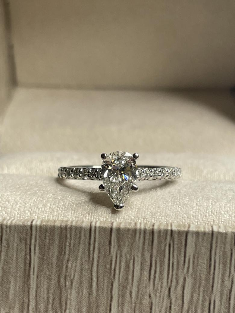 Engagement Ring - Pear