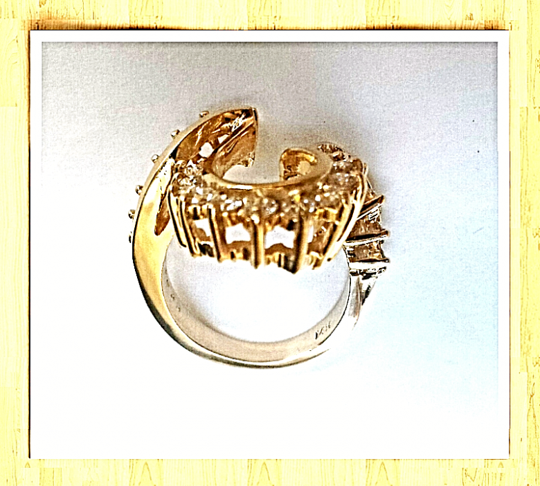 "LADIES 14K ""TRIPLE CROWN"""