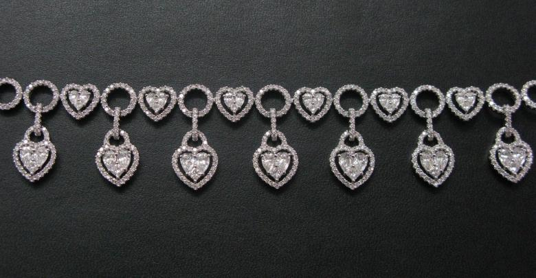 SOLID 18Kt Pear &