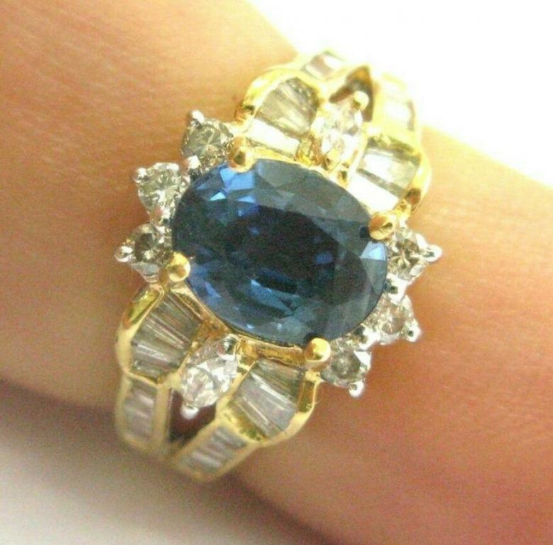 Oval Sapphire & Baguette