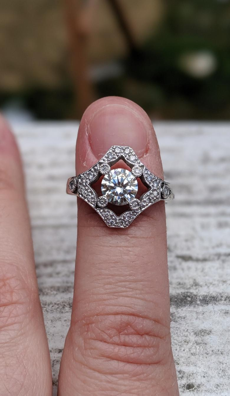 Custom-upgraded 1ct moissanite center