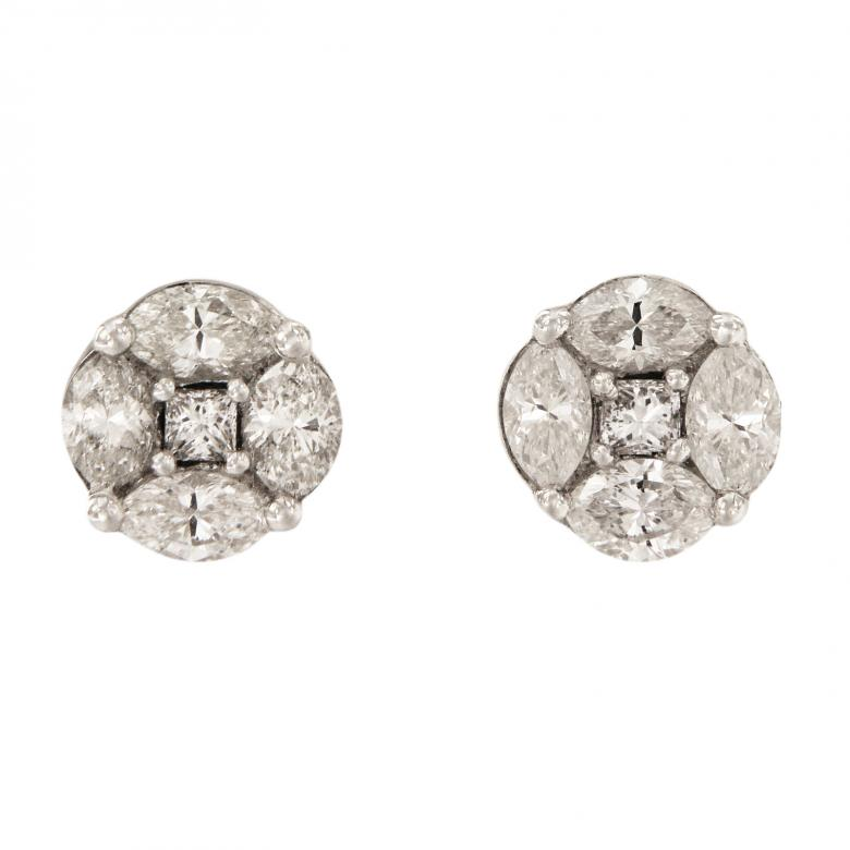 White Gold Diamond Stud
