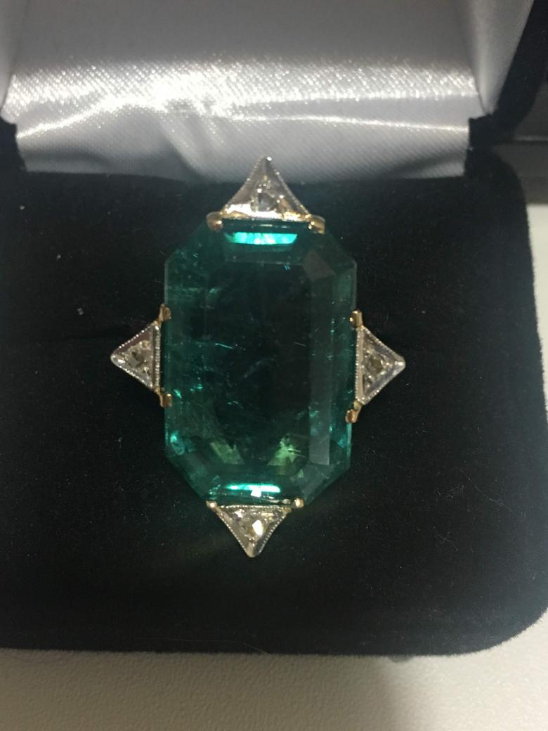 14K Yellow Gold Emerald