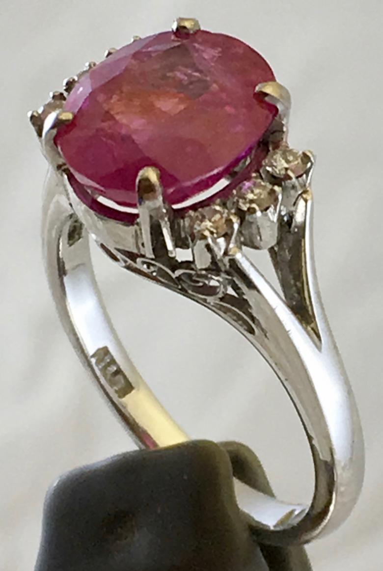 Lady's Pink Sapphire Ring