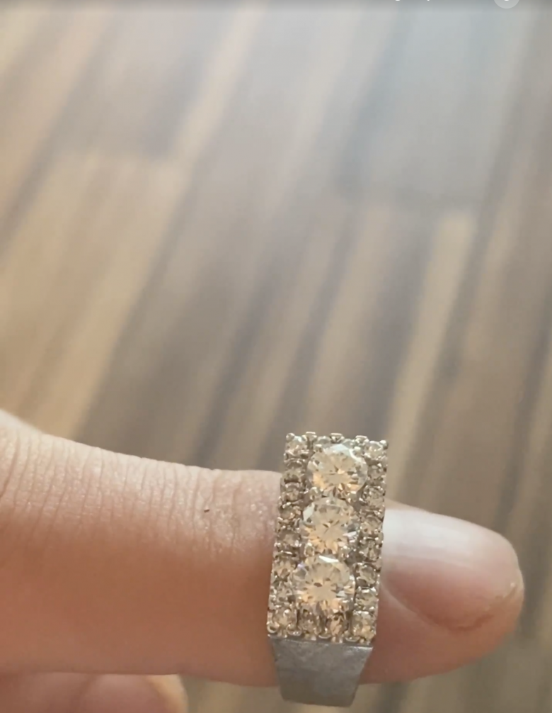 Retro Style Diamond Ring
