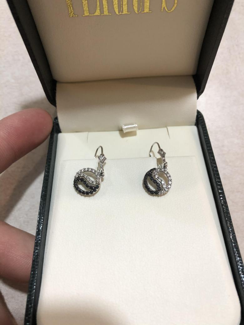 14KW Earrings with 0.50Tw