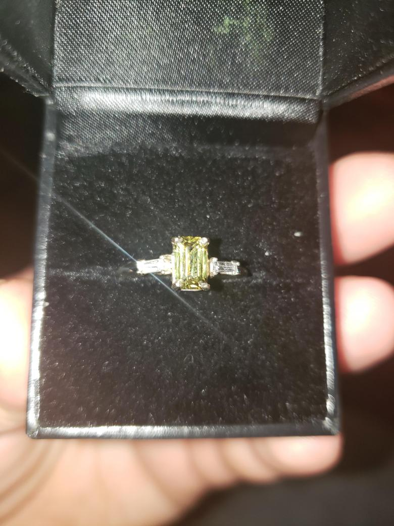 Certified 18kt 1.25ct Natural