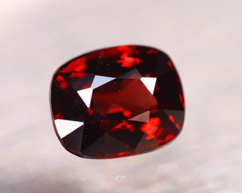 1.42ct Natural Blood Red