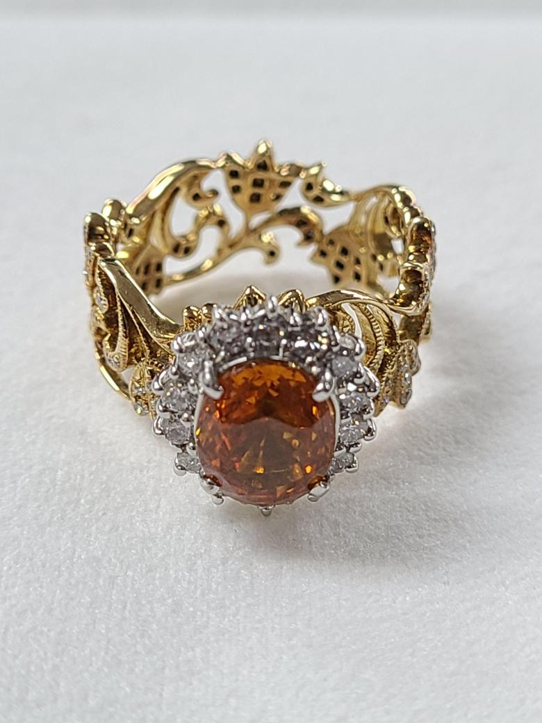 Golden sapphire ring with