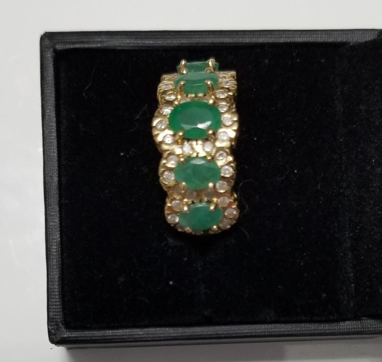Emerald engagement ring, fine