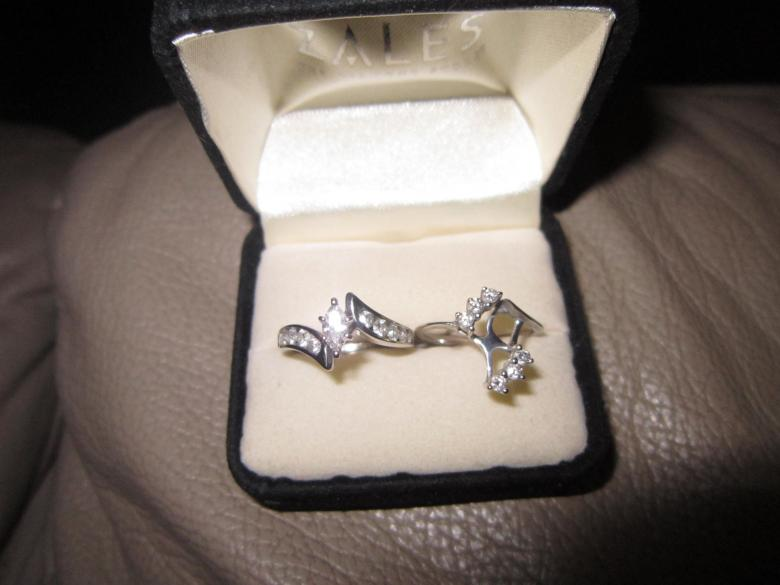 marquise cut engagement ring and wedding band combination
