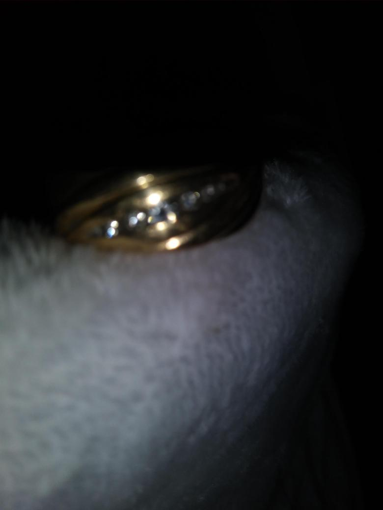 Helzberg Mens 5 diamond