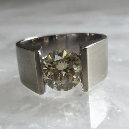 2.66 Fancy Yellow Moissanite