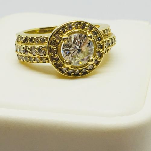 18 K DIAMOND HALO