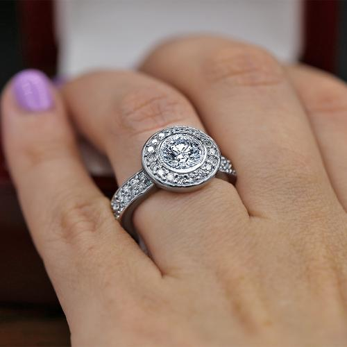 Stunning Halo engagement ring
