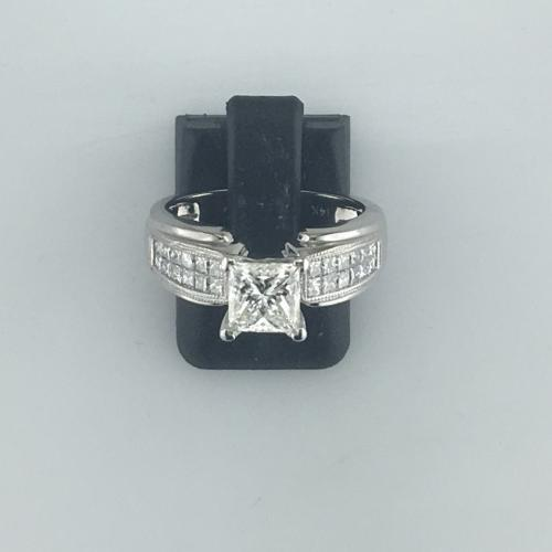 Lady's diamond ring featuring
