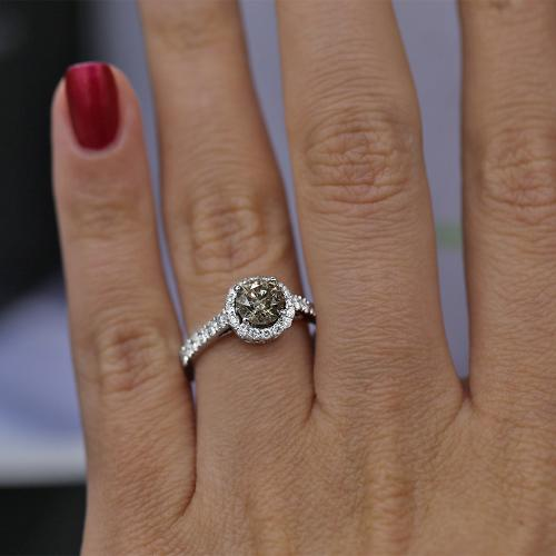 Amazing 0.97 ct Engagement
