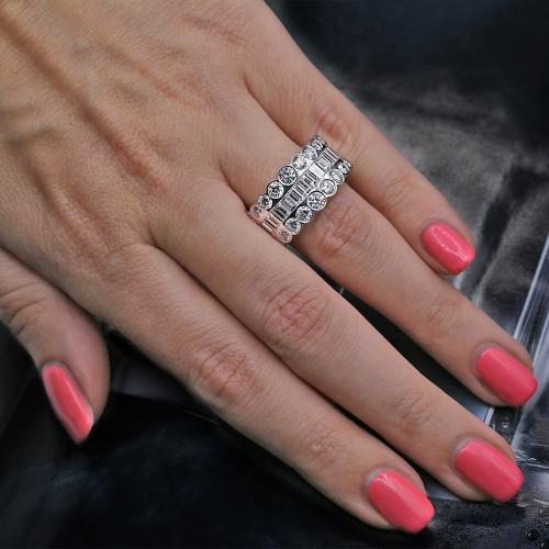 Charming Fashion Diamond Ring