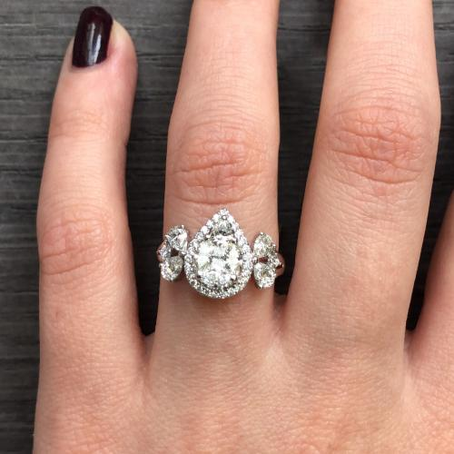 Natural Diamond Engagement Ring