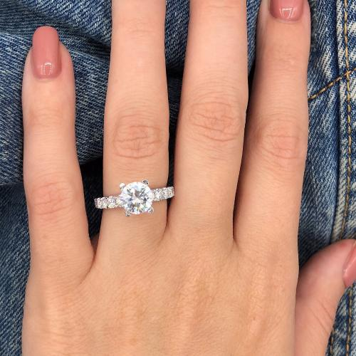 Absolutely amazing engagement ring_VIDEO
