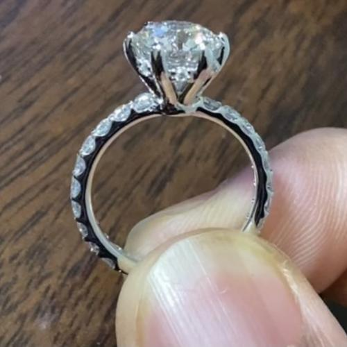 Robbins Brothers Diamond Ring