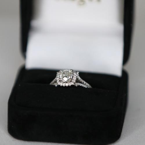 Fancy Style Diamond Ring