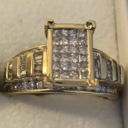 1.5 diamond Yellow Gold