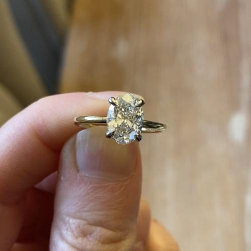 Stunning 1.71Ct Oval Solitaire