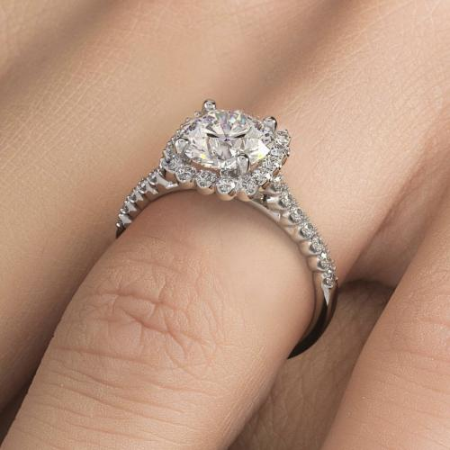 beautiful diamond ring !!