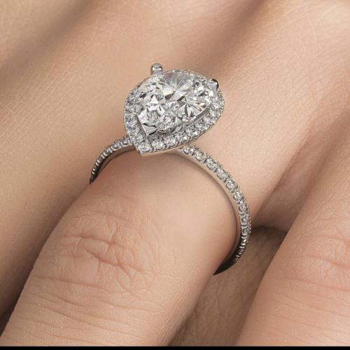 Pear Shape diamond ring!!