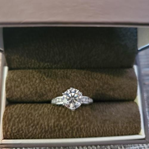 Jared Engagement ring 3
