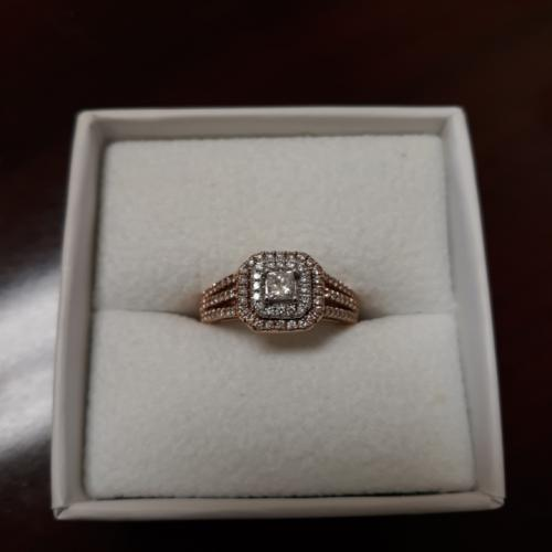 Diamond Engagement ring to